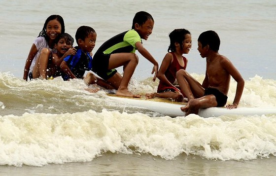 Malaysia Sea Sports, where kids can be kids